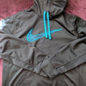 Nwot Nike sweatshirt